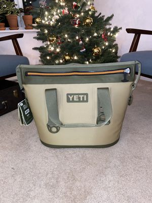 Yeti Hopper Two 20 for Sale in Shoreline, WA