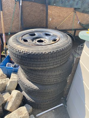 Hankook Dynapro AT 235/75R17 108S Tires for Sale in CT, US