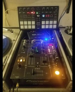 Dj equipment. Rane Serato SL3, Pioneer Ddj Sp1, Pioneer Djm 400 Mixer for Sale in Irwindale, CA
