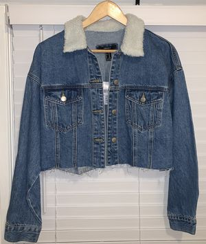 Forever 21 Cropped Collared Jean Jacket for Sale in Sterling, VA