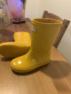 Hunter rain boots /kids US size 10-UK size9 for Sale in Rosemead, CA