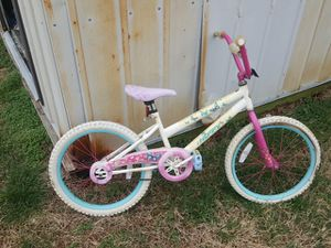 kids bike unsure of size for Sale in La Vergne, TN