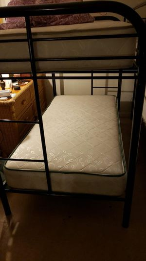 Bunk bed twin twin . Brand NEW for Sale in Miami, FL