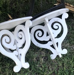 2 nice Wall wood Decor shelves for Sale in Fresno, CA