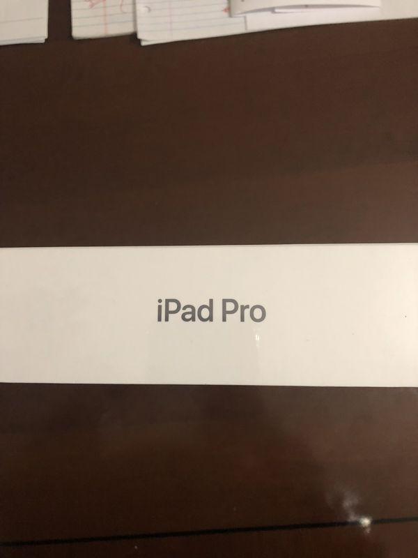 12.9 Inch IPad Pro - 256GB - space gray