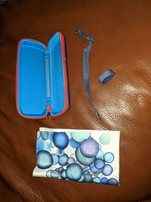 MIRAFLEX KIDS Zippered Glasses Case w/ Blue Elastic Strap, Good Used Condition. for Sale in Mercer Island, WA