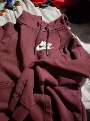 Womens S Nike sweater for Sale in San Jose, CA