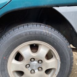 Tiger Paw Touring Tires were on '96 RAV4 for Sale in Portland,  OR