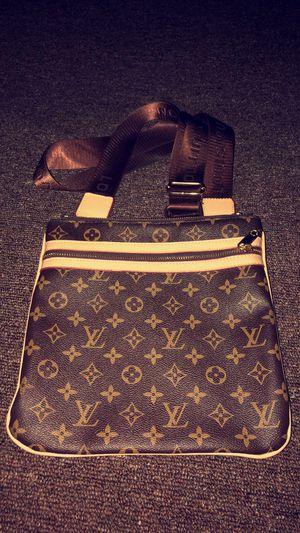 Louis Vuitton Thomas Messenger Bag for Sale in Lakewood Township, NJ