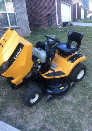 Cub Cadet XT1 Enduro Series LT 42 in. 18 HP Kohler Hydrostatic Gas Front-Engine Riding Lawn Tractor-California Compliant for Sale in Stockbridge, GA