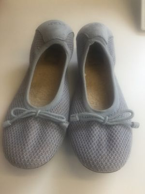 Women's UGG wool flat Size 7 color is light blue for Sale in San Diego, CA