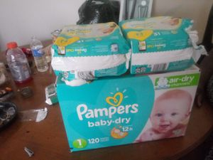 Pampers for Sale in Cleveland, OH