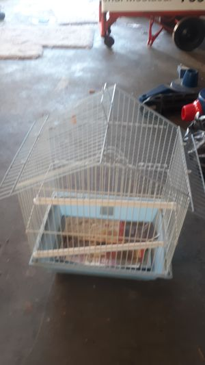 Bird cage perfect for parakeets for Sale in Victorville, CA