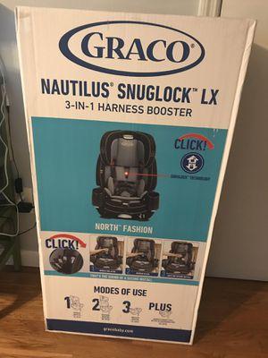 Graco nautilus snuglock lx for Sale in Asheville, NC