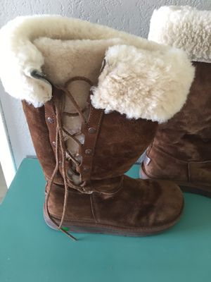 Uggs size 8 for Sale in Lakeside, CA