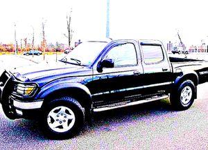 ֆ14OO 4WD Toyota Tacoma 4WD for Sale in Riverside, CA