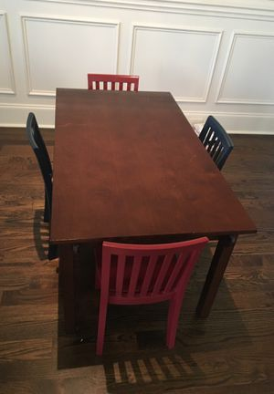 Carolina carft Table with four chair pottery barn kids for Sale in Brentwood, TN