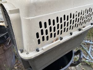 """Pet carrier 26 """" long for Sale in Artesia, CA"""