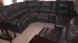 Sectional Leather couch with 2 recliners, chaise lounge and cup hold section for Sale in Palm Bay, FL