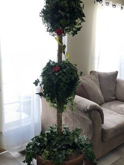 Artificial topiary tree for Sale in Grayslake,  IL