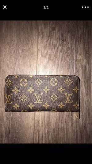 Wallet for Sale in Sterling Heights, MI