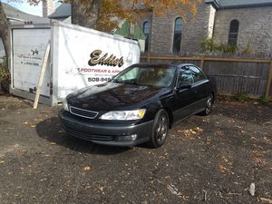 2000 Lexus es300 168k miles for Sale in Webster, MA