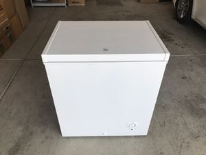Chest Freezer for Sale in Fresno, CA