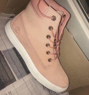 Timberland size 8.5 women $70 for Sale in Moreno Valley, CA
