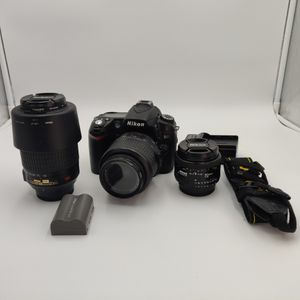 NIKON D90 WITH 2 KIT LENSES N 50MM PRIME BUNDLE DEAL for Sale in Los Angeles, CA
