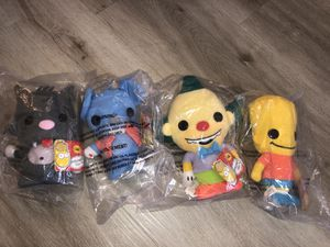 THE SIMPSONS PLUSHIES SET OF 4/5 (missing only homer) new in original plastic baggies for Sale in Las Vegas, NV