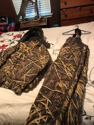 Mossy oak hunting/ duck hunting camo for Sale in Virginia Beach, VA