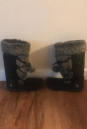 Women's size 7 us polo snow boots MAKE ME AN OFFER!!!!!! for Sale in Mesa, AZ