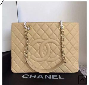 Chanel Bag for Sale in Stone Mountain, GA