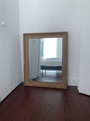 Medium Wall Mirror for Sale in Miami, FL