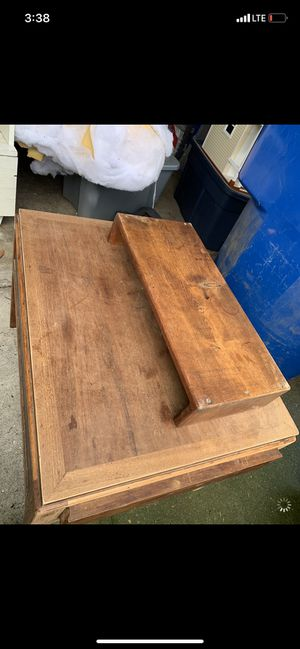 Monitor stand small shelf for Sale in Federal Way, WA