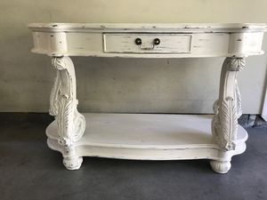 Solid Wood Entry Table for Sale in San Ramon, CA