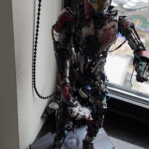 Hot Toys MM 292 Avengers Age of Ultron Ultron Mark 1 Figure for Sale in Seattle, WA