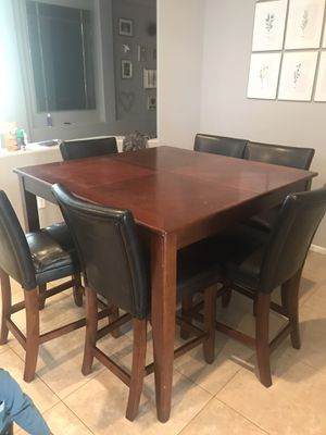 Kitchen table and 6 chairs for Sale in Phoenix, AZ