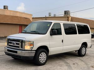 2009 Ford Econoline Wagon for Sale in Pompano Beach, FL
