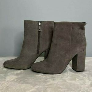 New Charles David Womens Booties Size 7 for Sale in Kirkland, WA