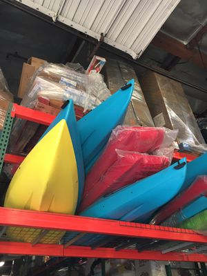 Lifetime Kayak Canoe Boat With Paddle for Sale in Anaheim, CA