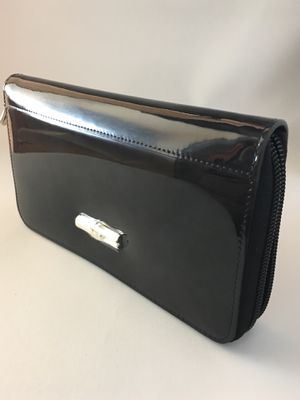Longchamp Zip Wallet, New for Sale in Austin, TX