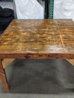 Beautiful Wood Square Table. for Sale in Torrance,  CA