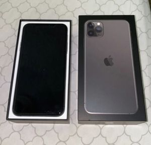 (Gray) iPhone 11 Pro Max 🔓 for Sale in Encino, NM