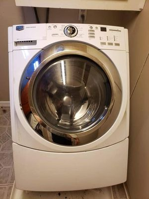 Maytag series 3000 front load WASHER for Sale in Wichita, KS