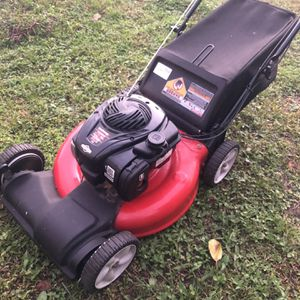 Self Propelled Lawn Mower for Sale in Orlando, FL