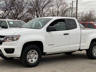 2016 Chevrolet Colorado CLEAN TITLE 1 OWNER SE HABLA ESPAÑOL for Sale in Grand Prairie,  TX