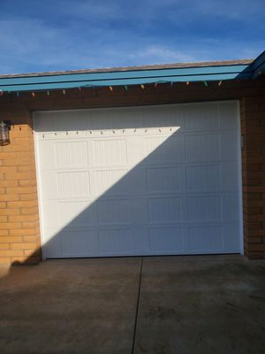 Garage door repair for Sale in Glendale, AZ