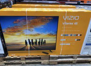 """65"""" Vizio V-Series Smart 4K UHD Tv for Sale in Nuevo, CA"""
