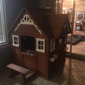 4ft By 4ft Backyard Discovery Playhouse for Sale in Cape Coral, FL